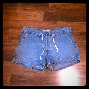 🦋2/$10 3/$15 4/$18 5/$20 Vintage A & F Shorts